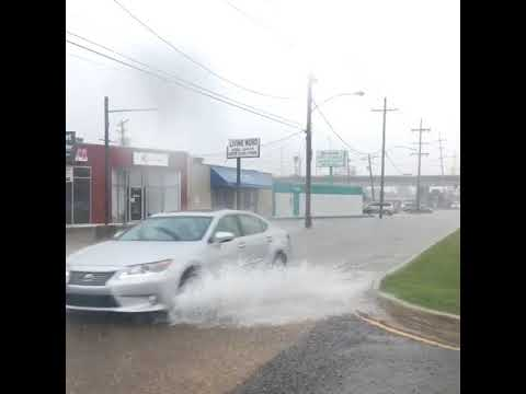 See street flooding in Gretna as storms roll through Friday afternoon