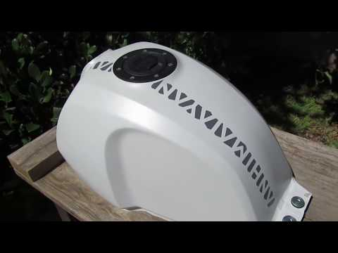 Royal Enfield Himalayan BS4 Petrol Gas Fuel Tank Removal How Too Step By Step