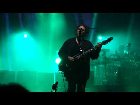 The Cure - A Forest - Live at Forum Copenhagen 14.10.2016