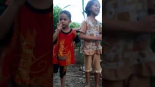"""Bergek & Devi """" Gaseh Ka Leukang (Cover Dilla & Si Adek)"""