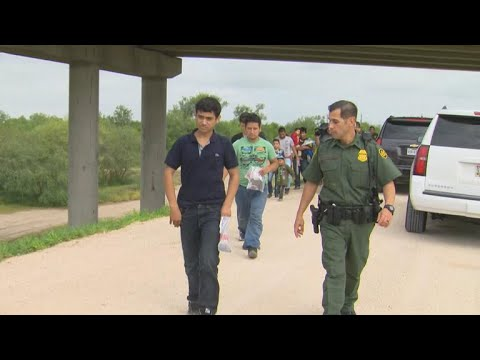 Border Patrol agents say they're being treated unfairly during national immigration controversy