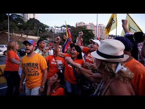 Venezuela: Ruling sparks protests