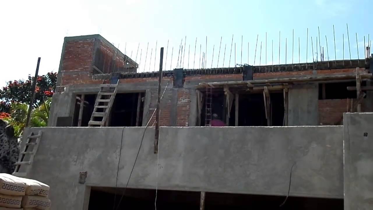Fachada de casa en construcci n colocaci n de placas de - Construccion de casa ...