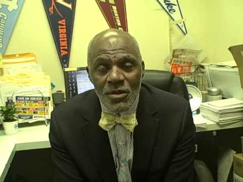 Alan Page: Mike Ditka as a judge? How to tie a bow tie & more