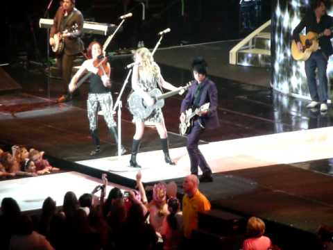 05.14.10 TAYLOR SWIFT, 'OUR SONG' LIVE ...