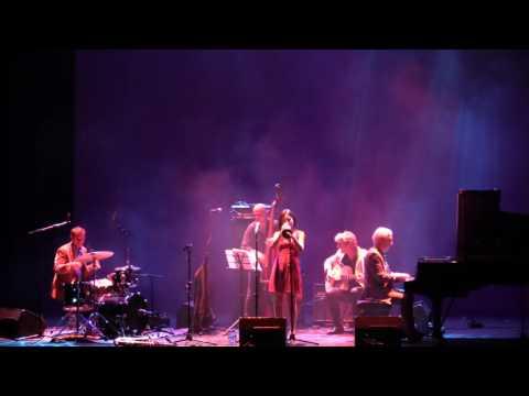 Andrea Motis - Señor Blues LIVE