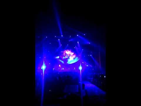 American Idol's Caleb sings Led Zeppelin's Dazed and Confused