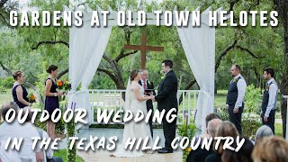 San Antonio Wedding Photographer: Kelley and Daryl at Gardens at Old Town Helotes