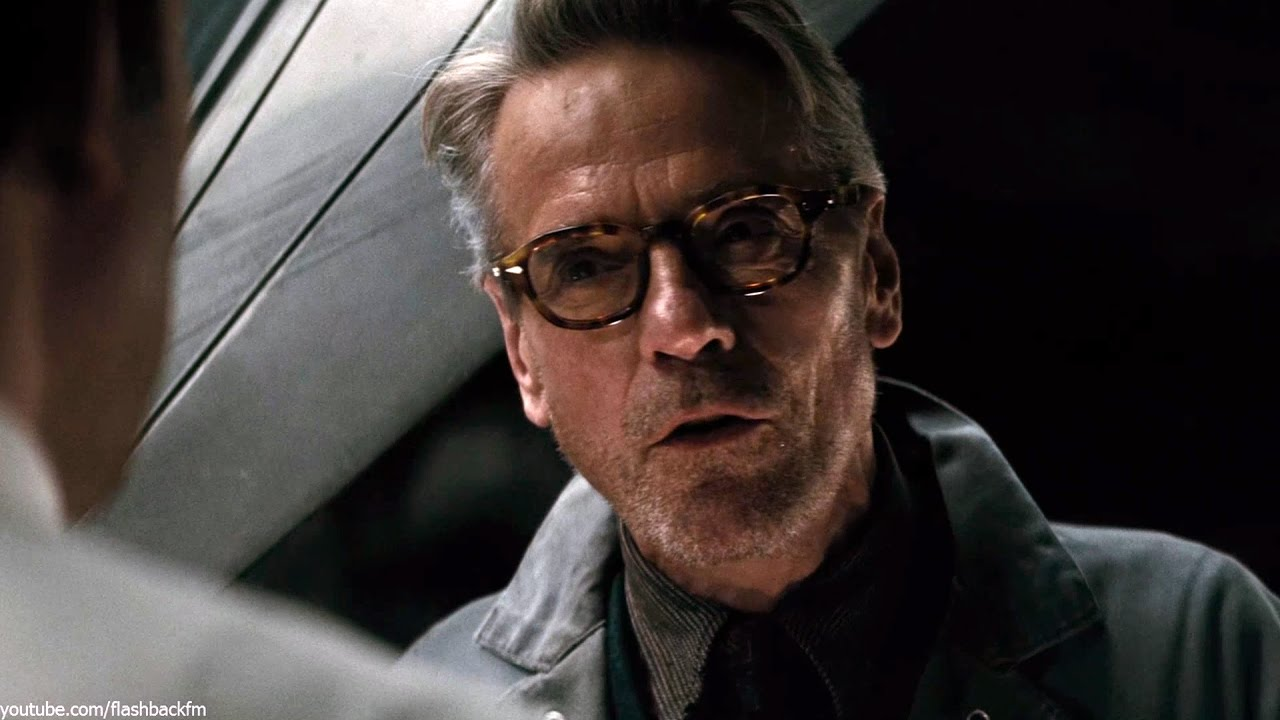Batman Vs Superman Alfred