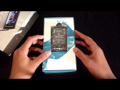 Sony Ericsson Xperia X10 Mini Pro Unboxing
