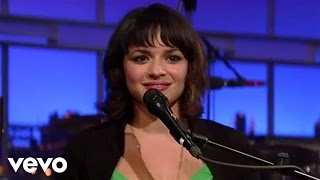 Norah Jones - After The Fall (Live on Letterman)