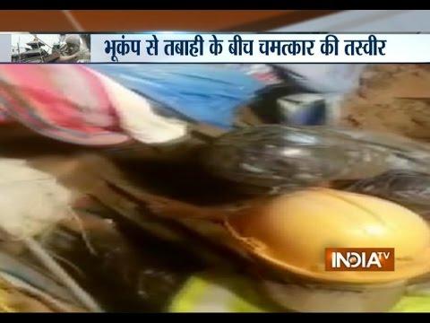 Nepal Earthquake: Army Rescue Man Buried Under Quake Rubble - India TV