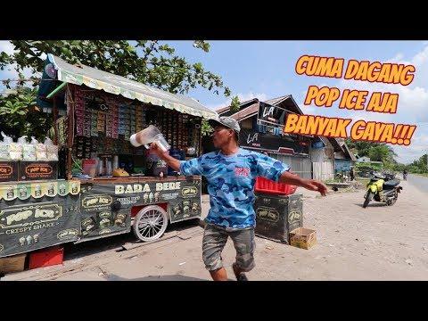 KEREN!!! BARTENDER LEWAT SAMA PEDAGANG POP ICE SATU INI!