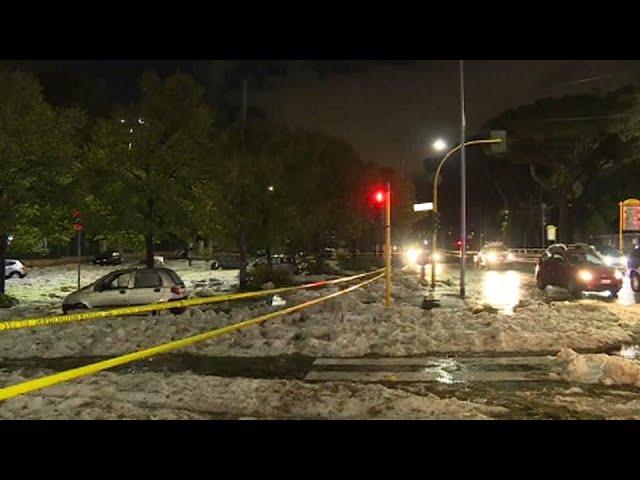 Mega hailstorm hits Rome causing transport chaos