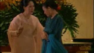 Titiek Puspa & Dewi Yull - Dliema