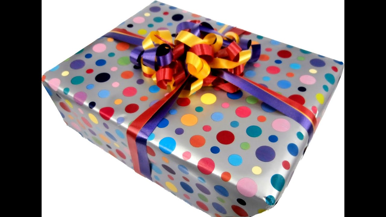demo wrap a present This video from youtuber hans masing demonstrates the process of creating a gift bag out of some wrapping paper all you need to do is pull enough wrapping paper so that it can fully wrap around.