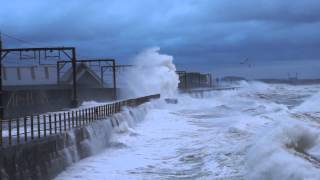 Giant Waves In Saltcoats Scotland 2013