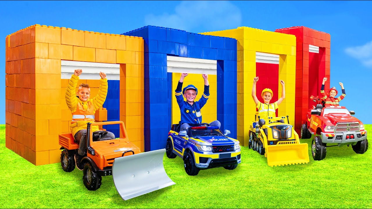 Kids Learn Sizes and Pretend Play with Toy Vehicles
