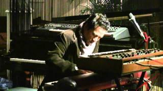 LLW ft. Indra Aziz - Stretch N Pause @ Mostly Jazz 16/12/11 [HD]