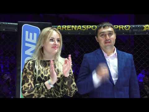 Вручение чемпионского пояса Шамилю Абасову