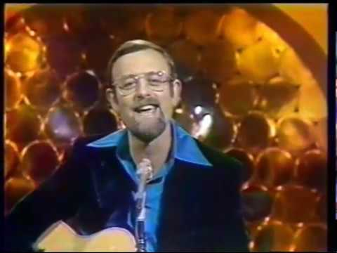 roger whittaker hits last farewell new world in morning. Black Bedroom Furniture Sets. Home Design Ideas
