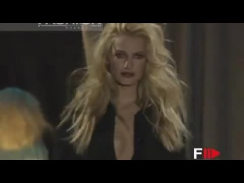 GIANNI VERSACE Autumn Winter 1996 1997 Milan 2 of 4 pret a porter woman by Fashion Channel