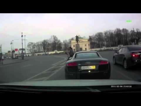 How Millionaires behave on the road in Russia