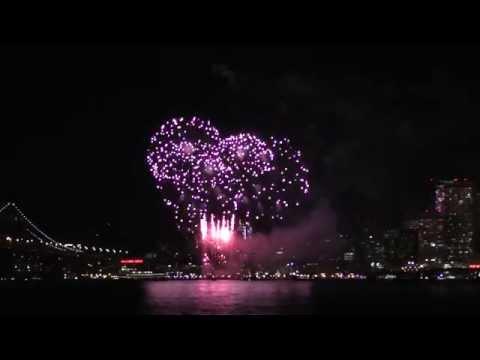 Firework at San Francisco 2015 - Bay Bridge, Treasure Island