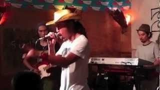 曲名:ライオンの子 ☆2012年9月1日に逗子海岸Surfersで行われた、Spinna...