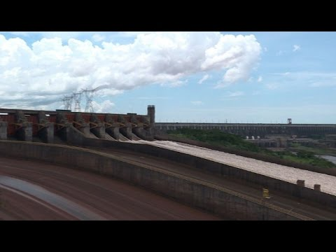 Itaipu dam makes Paraguay leader in renewable energy