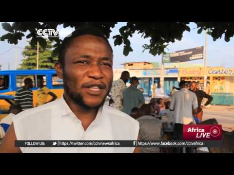 Graduates in Kinshasa struggle to find jobs, engage in scrab