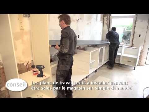 Leroy merlin video comment poser des meubles de cuisine for Installer un plan de travail cuisine