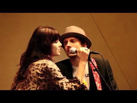 All I Want For Christmas Is Us Jason Mraz & Tristan Prettyman