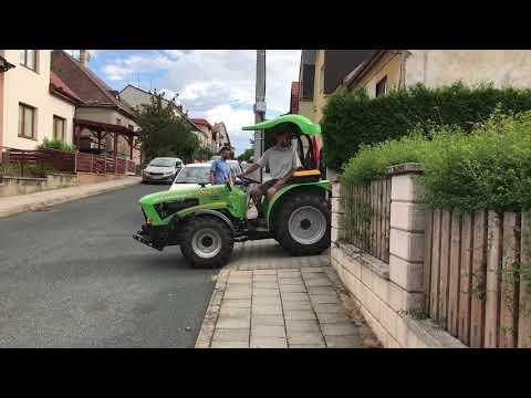 Malostroje.cz | Odvoz dřeva na vlečce AKN-3000