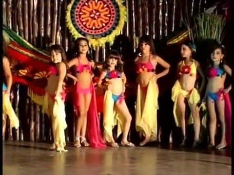 Desfile Traje de Baño 2010 | Niña Model Venezuela | Categoría Baby y Petite