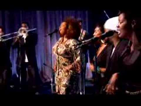 """Jill Scott """"The Way"""" and """"Whenever You're Around"""" LIVE"""