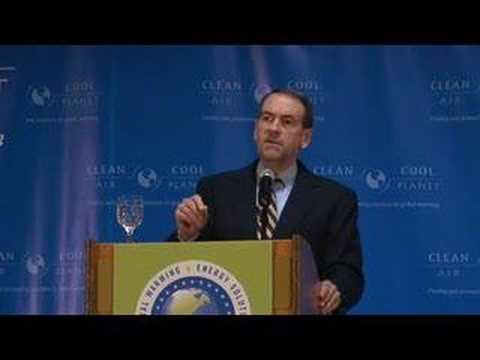 Huckabee answers question about nukes, drilling