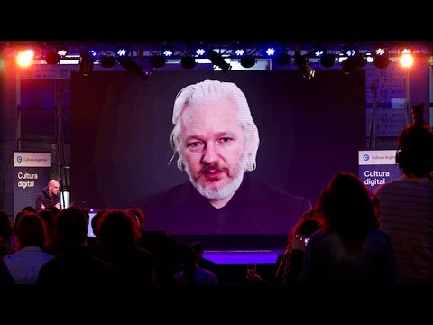 JULIAN ASSANGE IS BACK! HE JUST DESTROYED RUSSIA HACK LIES WITH JUST ONE SENTENCE