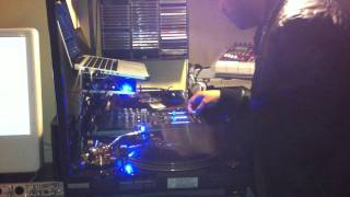 DJ DTROY SCRATCHING (Knight Rider Theme)