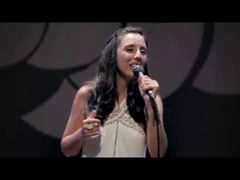 Aline Paes - Petit Pays Nando da Cruz