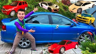 Mr. Joe found Toy Cars Ferrari & Lamborghini & Audi R8 in Big Car Opel Vectra OPC for Kids