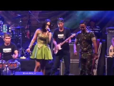 Vita Alvia-Jaran Goyang (Live Terbaru)