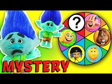 Emoji Movie & Trolls Spin The Wheel Mystery Game Clue Episode! Poppy Branch, Hi-5, Jailbreak & Gene!