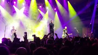 The Amity Affliction - Shine On (Live) Misery Will Find You Tour 2019