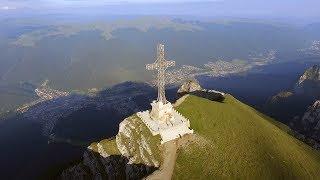 Crucea Eroilor de pe Varful Caraiman din Busteni, Muntii Bucegi