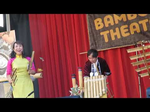 Khắc Chí Bamboo Music at The World Music Festival in Richmond