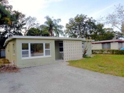 Largo: 1029 sq. ft. 3/1 Home at 11834 102nd St