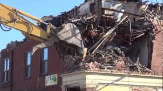 Leominster: Columbia Demolition: The Razing Begins