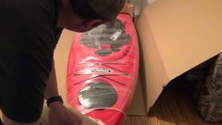 UnBoxing Pelican Quest 100 Kayak