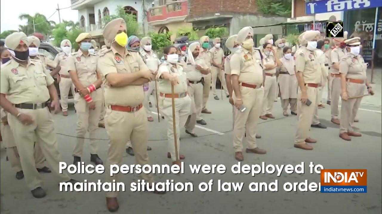 Farmers protest against agriculture related ordinances in Amritsar